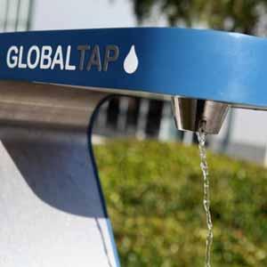 water bubbler fills reusable water bottles