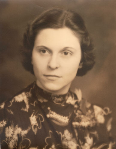 vintage sepia photo of woman
