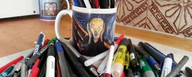 Scream Mug with Disposable Ballpoint Pens