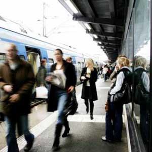 Swedish use public transport