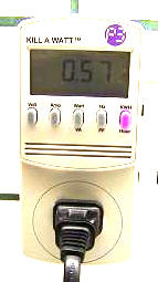 The Kill-A-Watt estimating energy use from an appliance. (Image: The-Gadgeteer.com)