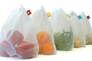 Try reusable produce bags instead of plastic (Image: reuseit.com)