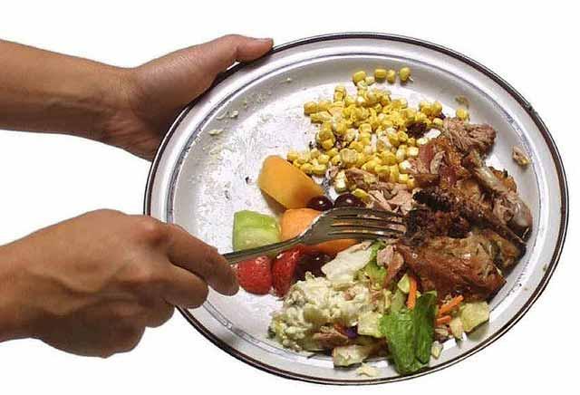 Restaurant plate waste (Image: mnn.com)