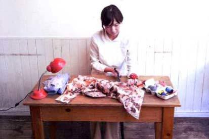 Screen Japanese woman sewing cropped 2014 mottanai