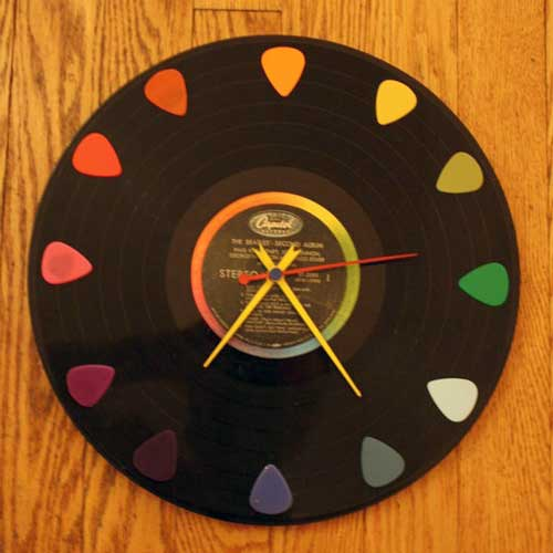 Old Vinyl Record Clock