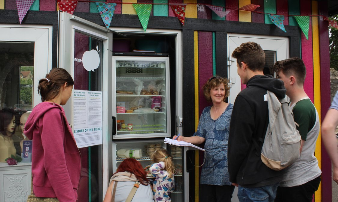 Community Fridge: Frome UK reduces food waste, helps the needy