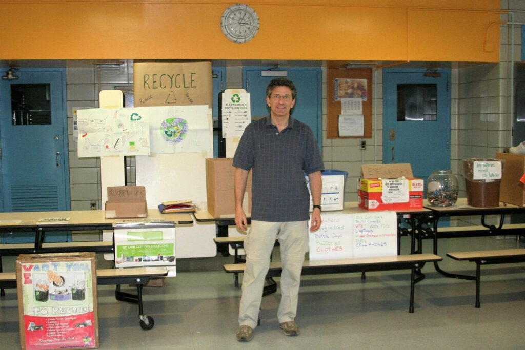 Rick Schulman, Recycling Champion on NYC's Upper West Side, helping to spread the work at his child's school