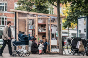 A Byttestation, an urban community closet, placed in a city center.